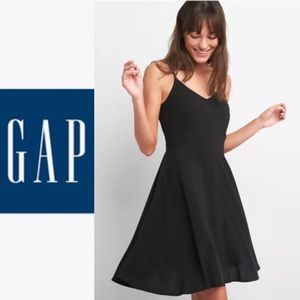 NWT Gap Fit And Flare Cami Dress Black Smocked XS